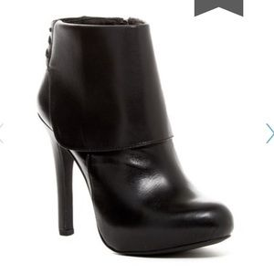 Jessica Simpson ankle boot heels in black